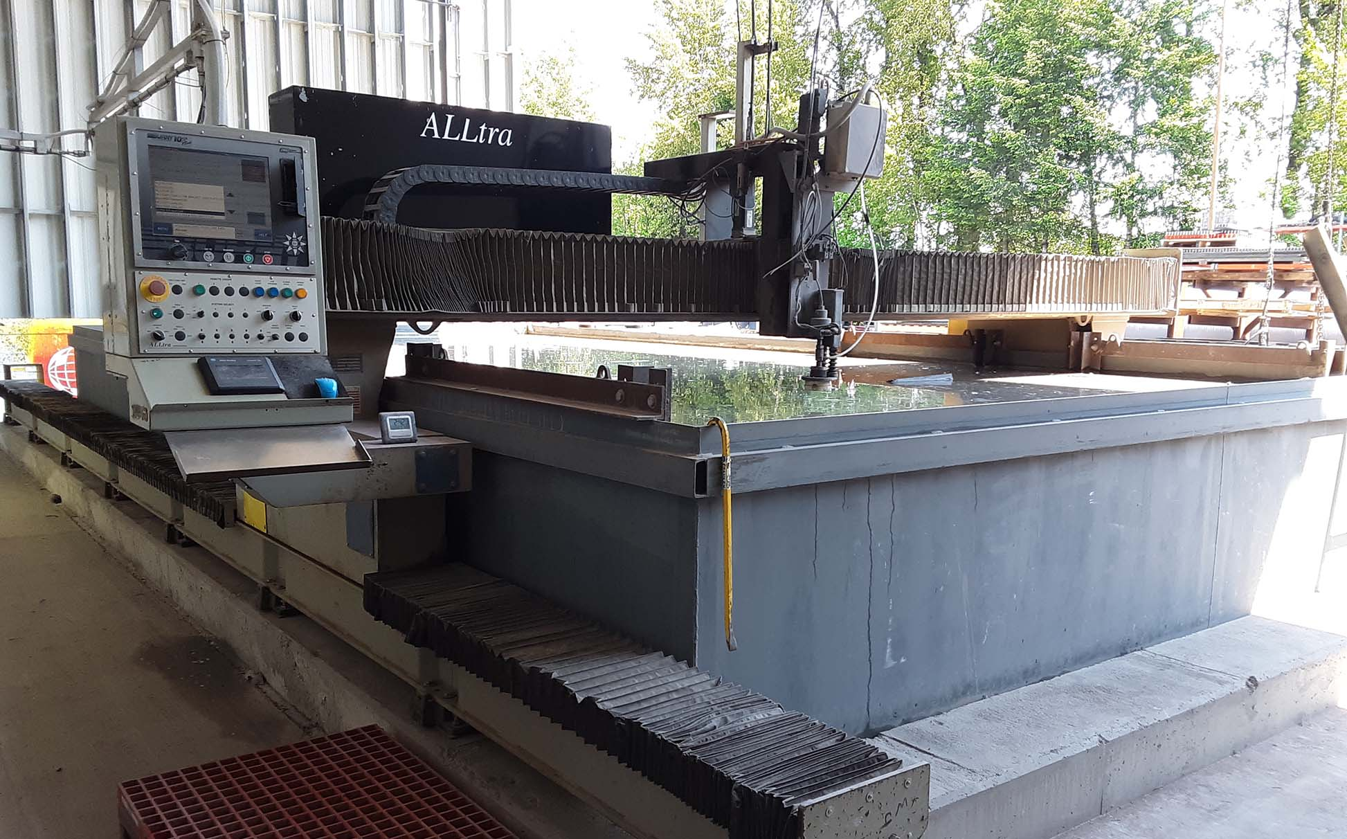 Water Jet Middle
